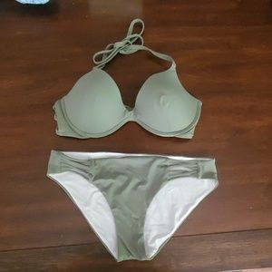 Victoria Secret LG baiting suit